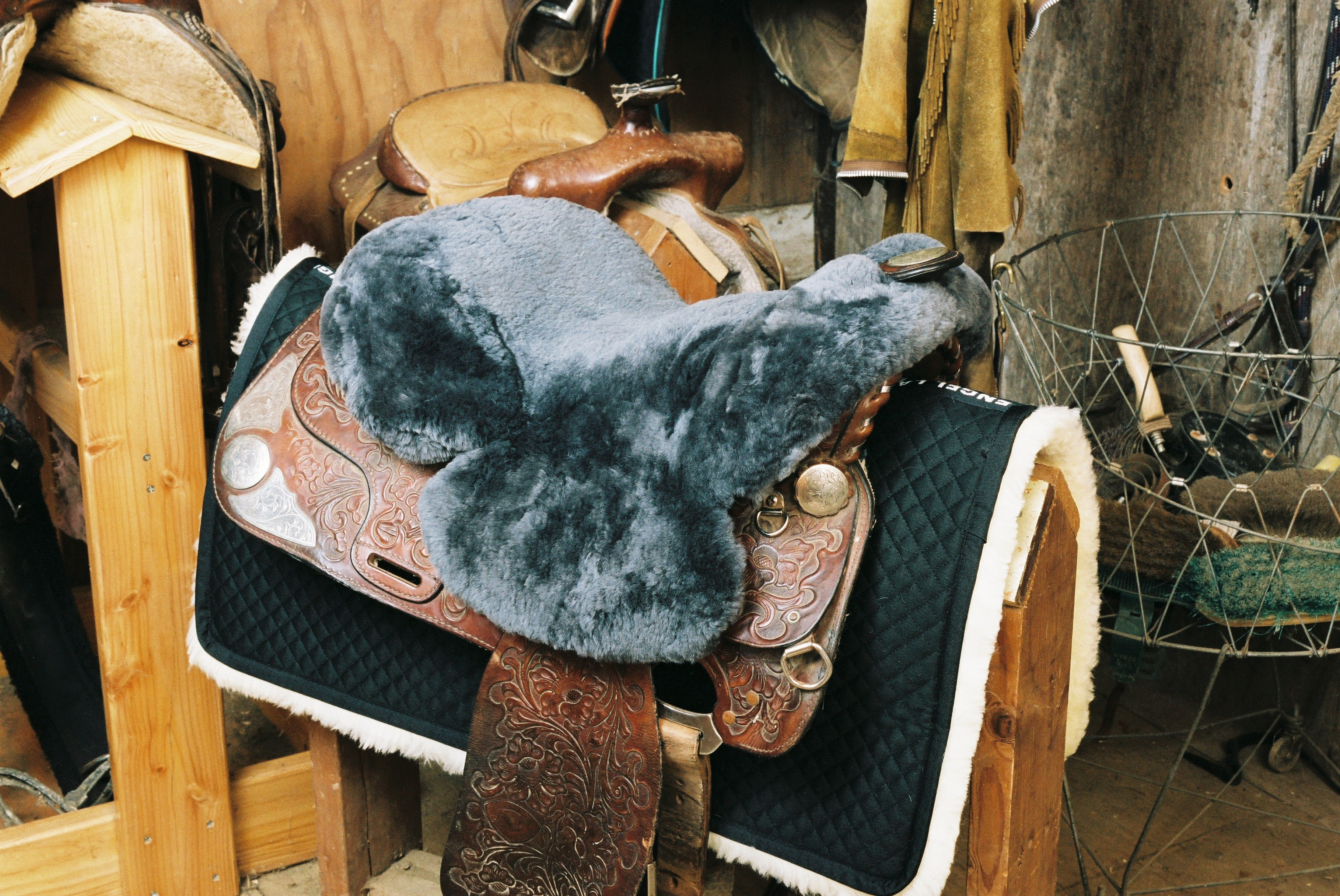 Full Western Saddle Seat Cover Charcoal