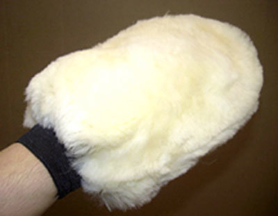 sheepskin grooming wasmitt