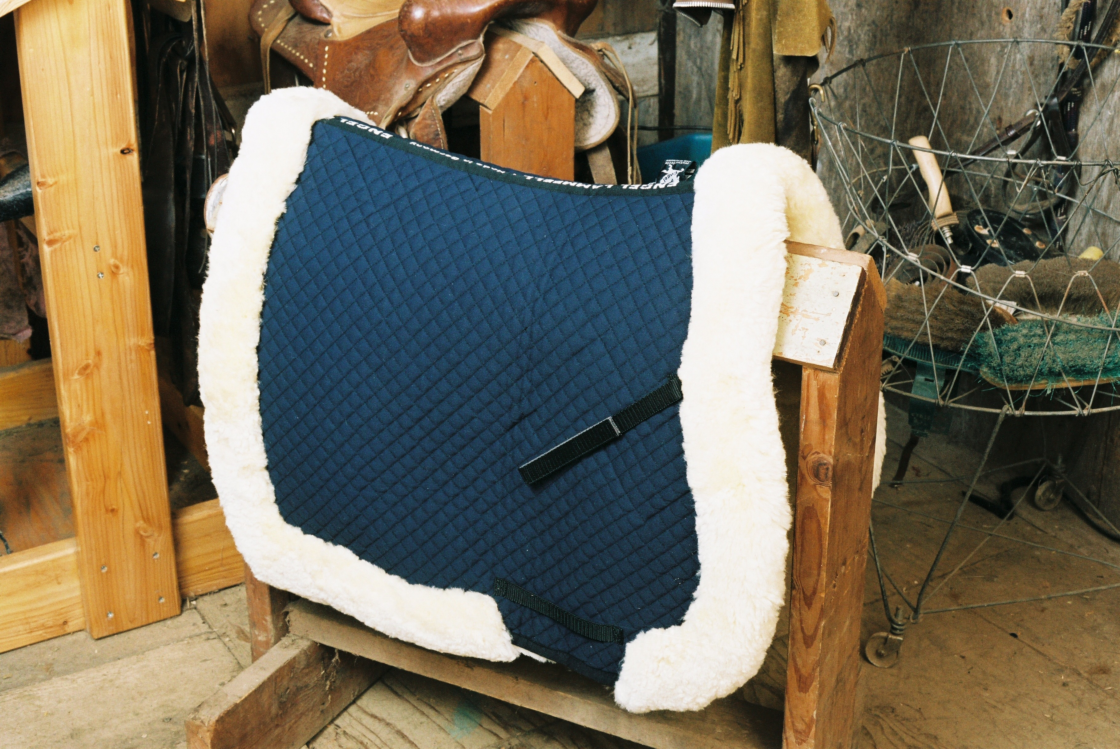 All Purpose Saddle Blanket with Complete Lining & Full Roll Edge Blue